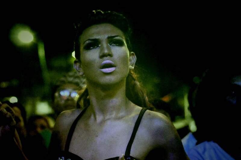 """Exposição """"Translocas"""", orgulho e representatividade de Evna Moura"""